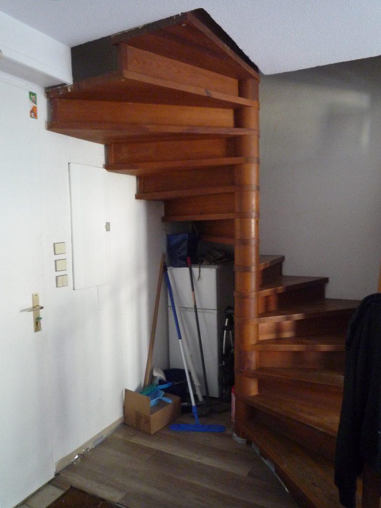 Photo sous escalier - avant projet